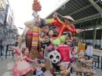 2012年の火祭り人形。